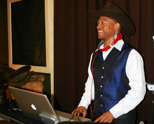 Entertainment - Houston, TX - DJ (2)