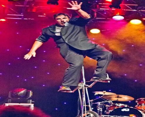 Entertainment - Houston, TX - Man on Stilts